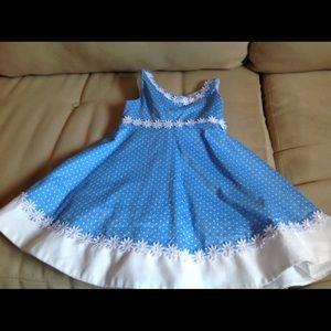 Beautiful dress for you girl 😍